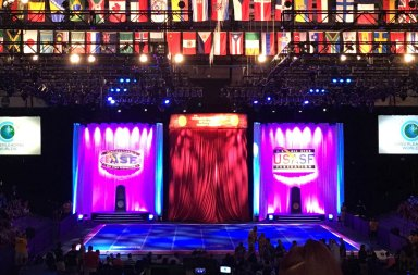 ten-cheerleading-worlds-routines-that-made-the-crowd-go-insane