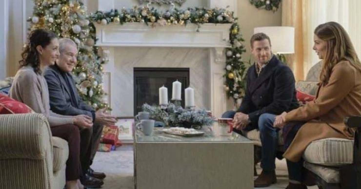 'A Little Christmas Charm': fecha de lanzamiento, trama, reparto, tráiler y todo lo que necesitas saber sobre la película navideña de Hallmark