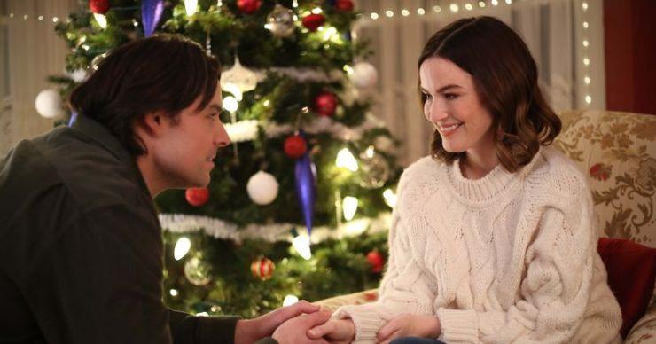 'Inn Love by Christmas': fecha de lanzamiento, trama, reparto, tráiler y todo lo que necesitas saber sobre la película navideña Lifetime