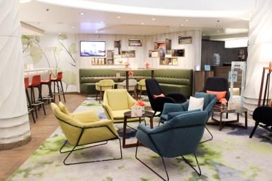 Nahe der Rezeption: Loungebereich und die Saftwerft