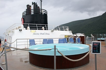 Artic Pool Area an Bord der MS Midnatsol