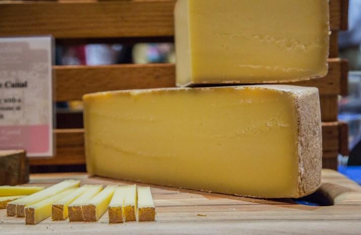 733f8-acs-2012-meet-the-cheesemaker-screen8of9