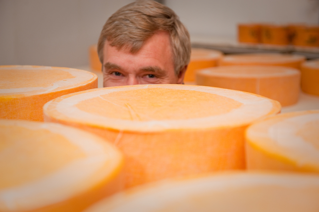 Master Cheesemaker Sid Cook