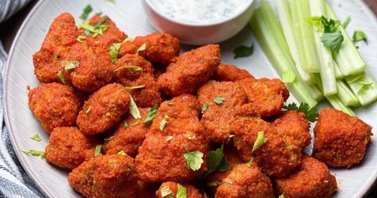 Buffalo Chicken Bites With Homemade Gorgonzola Ranch Dipping Sauce