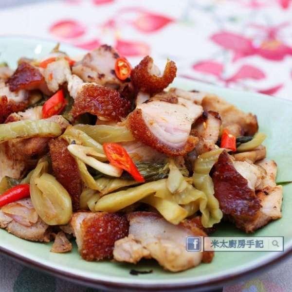 蒜香酸菜炒燒肉