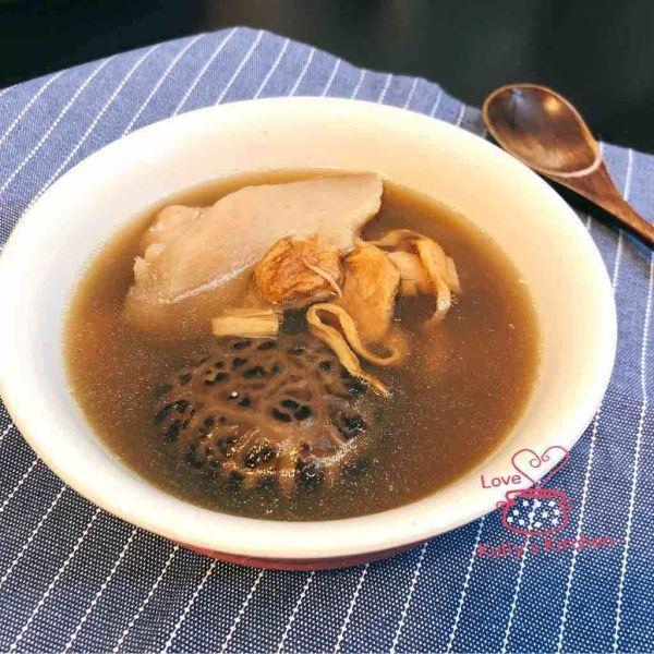 日月魚淮山豬展湯