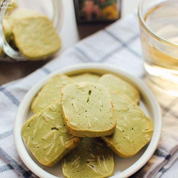 綠茶杏仁脆餅