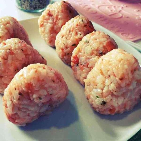 明太子鮭魚飯團