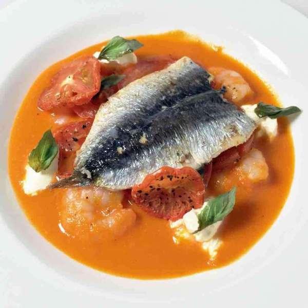 沙甸魚蕃茄湯配烤蕃茄海蝦