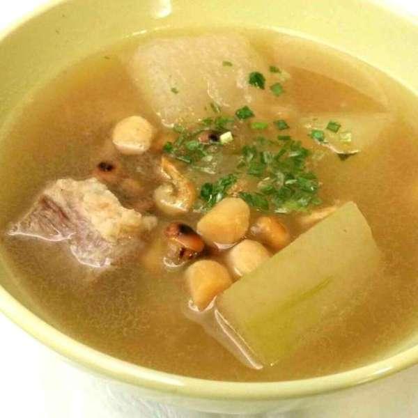 冬瓜黃豆肉片湯