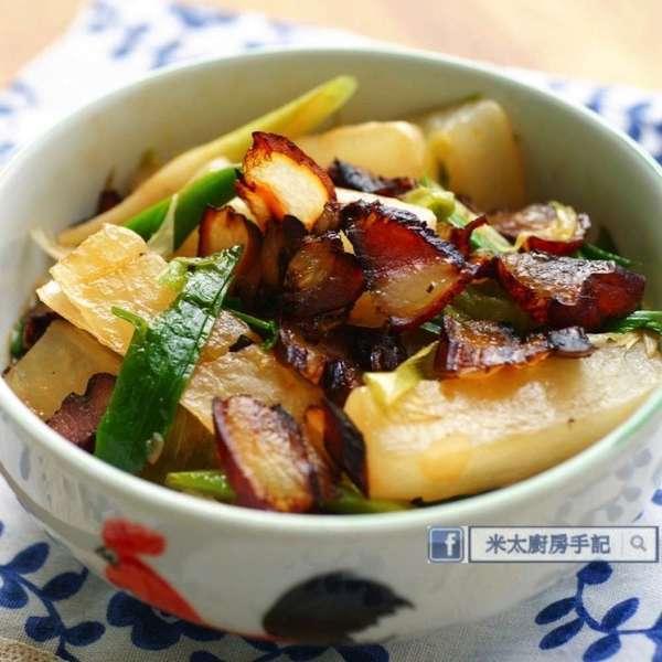 蒜心臘肉燴蘿蔔