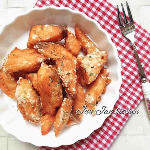 酥炸椒鹽三文魚粒