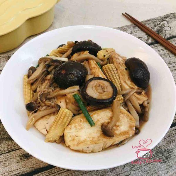 什菇燴紅燒豆腐