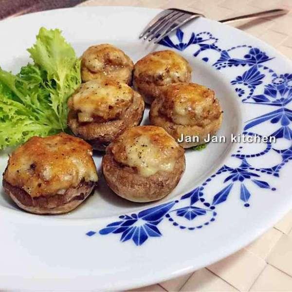 吞拿魚芝士焗一口小蘑菇