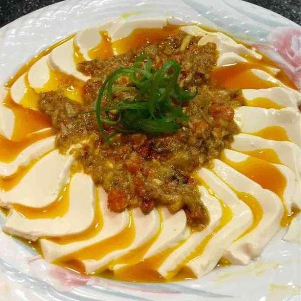 蟹粉扒豆腐