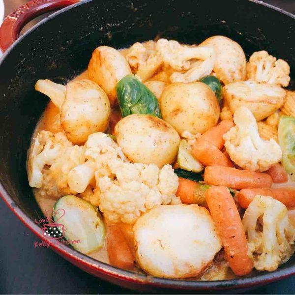 黃咖哩炒什菜