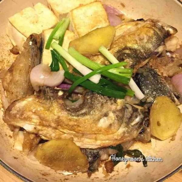 薑蔥魚頭豆腐煲