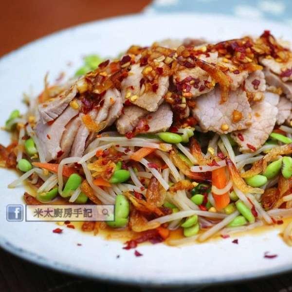 黑豆芽櫻花蝦豬肉沙律