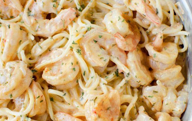 Une recette facile de pâtes aux crevettes Bang! Bang!