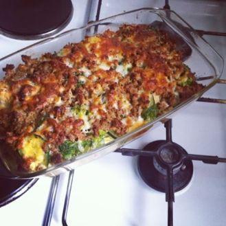Broccoli, zucchini & cauliflower casserole with beef mince