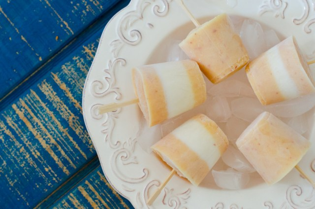 Creamy Peach Popsicles recipe from ChefSarahElizabeth.com