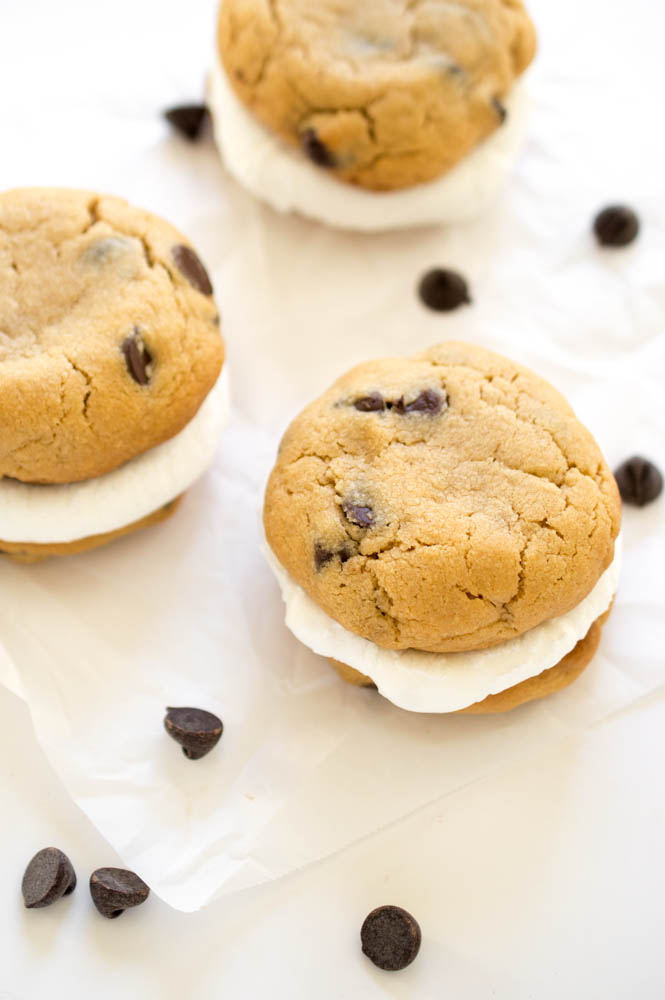 Peanut Butter S'mores Sandwich Cookies | chefsavvy.com #recipe #dessert #cookies #chocolate
