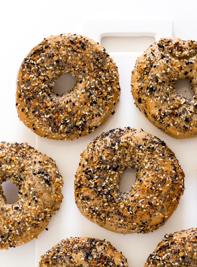 Easy Homemade Everything Bagels | chefsavvy.com