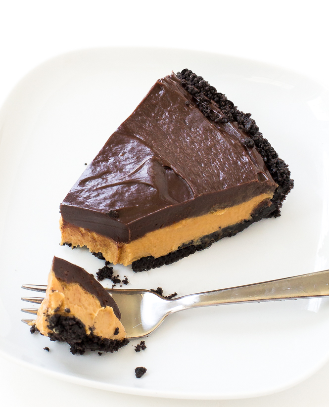 No Bake Oreo Chocolate Peanut Butter Pie | chefsavvy.com
