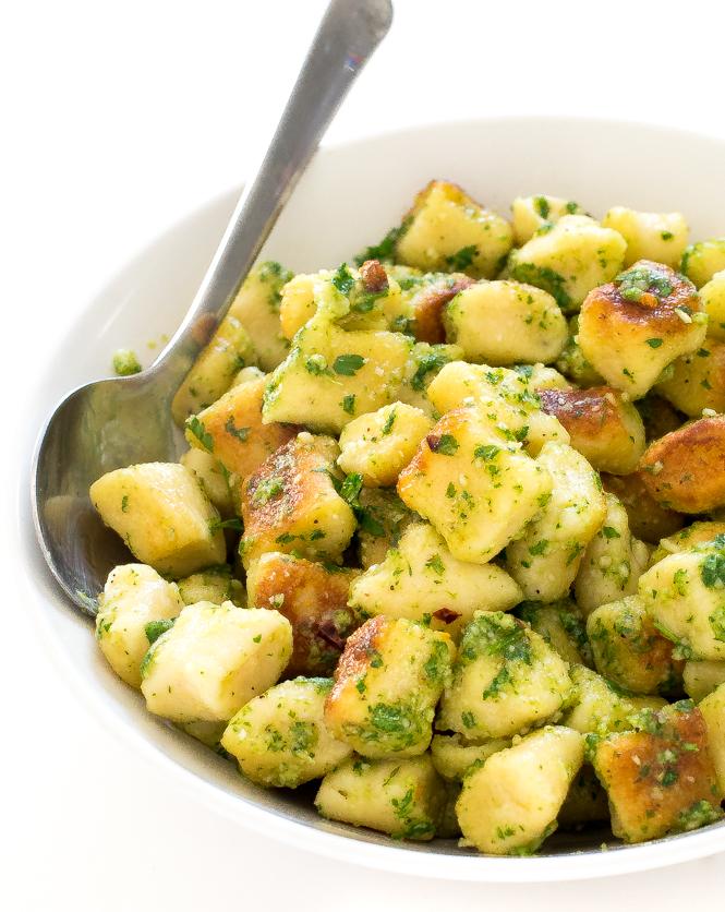Crispy Parsley Pesto Gnocchi | chefsavvy.com