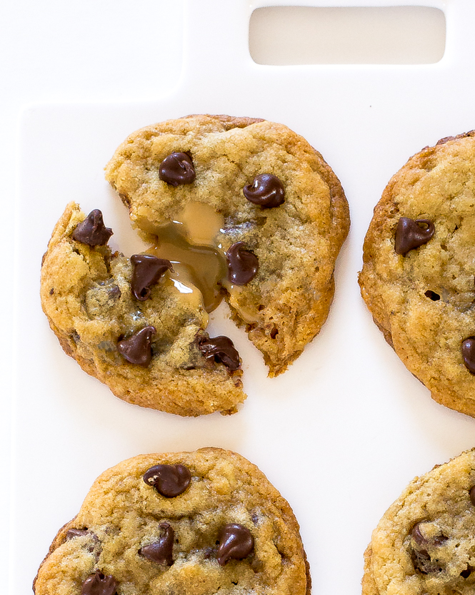 Dulce de leche Chocolate Chip Cookies | chefsavvy.com
