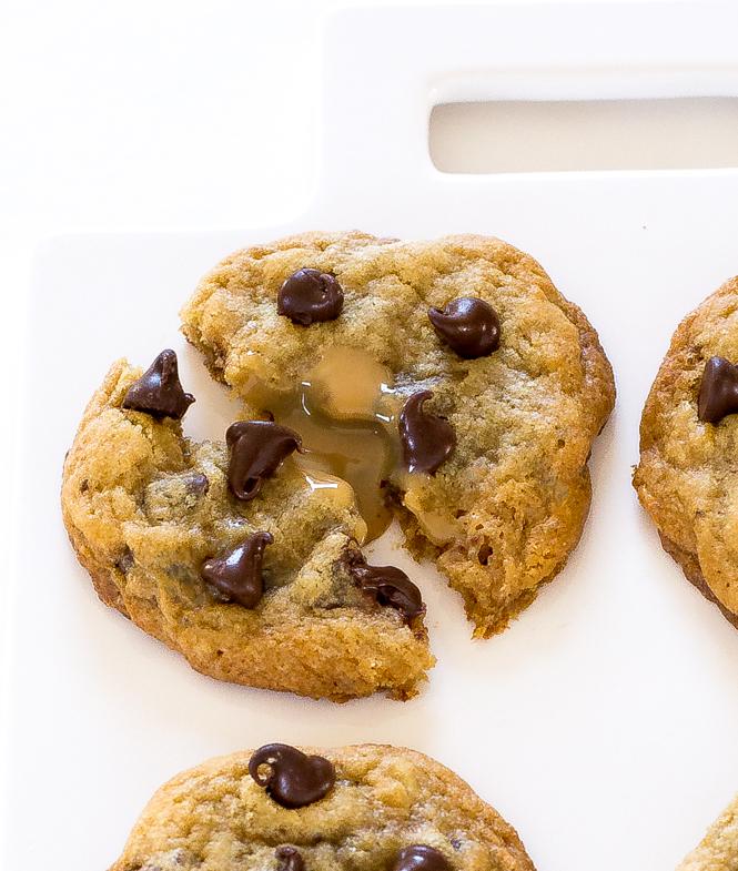 Easy Dulce de leche Cookies   chefsavvy.com