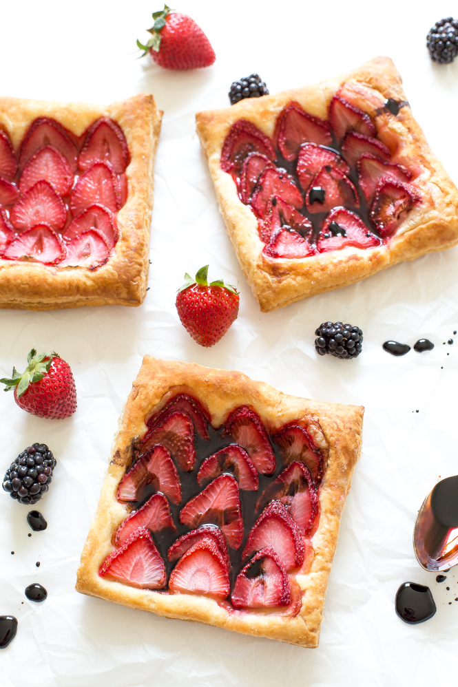 easy-balsamic-strawberry-tart