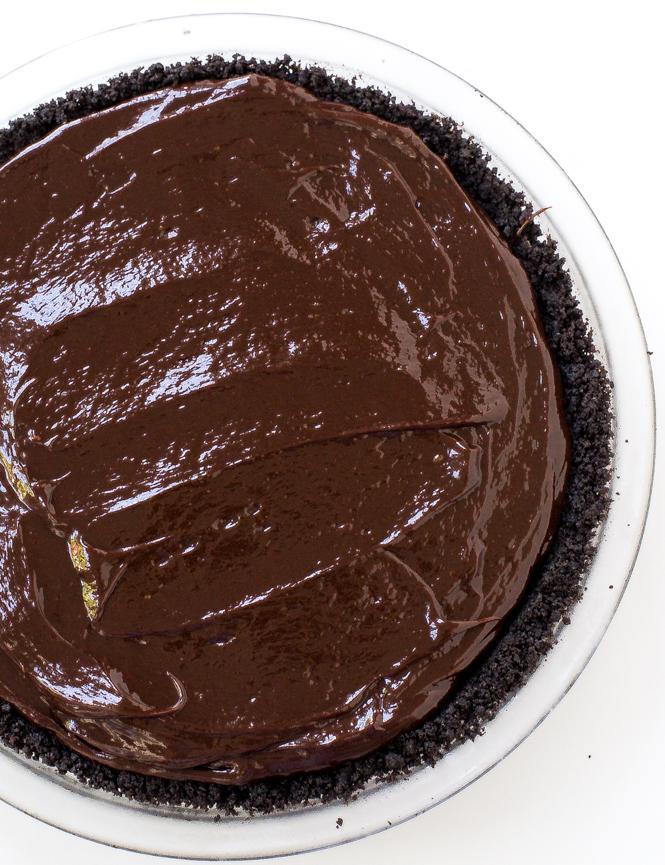 No Bake Chocolate Peanut Butter Pie | chefsavvy.com