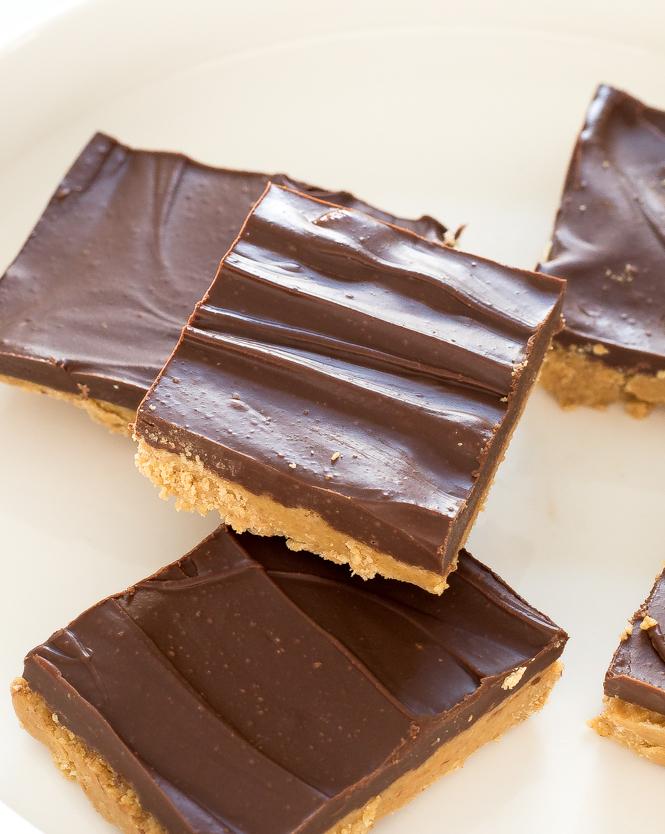 5 Ingredient Peanut Butter Chocolate Bars
