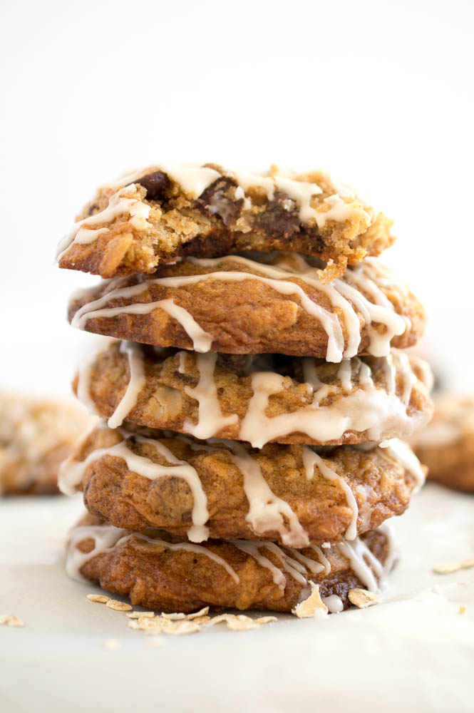 Oatmeal Chocolate Chip Cookies | chefsavvy.com #recipe #dessert #chocolate #oatmeal #cookie