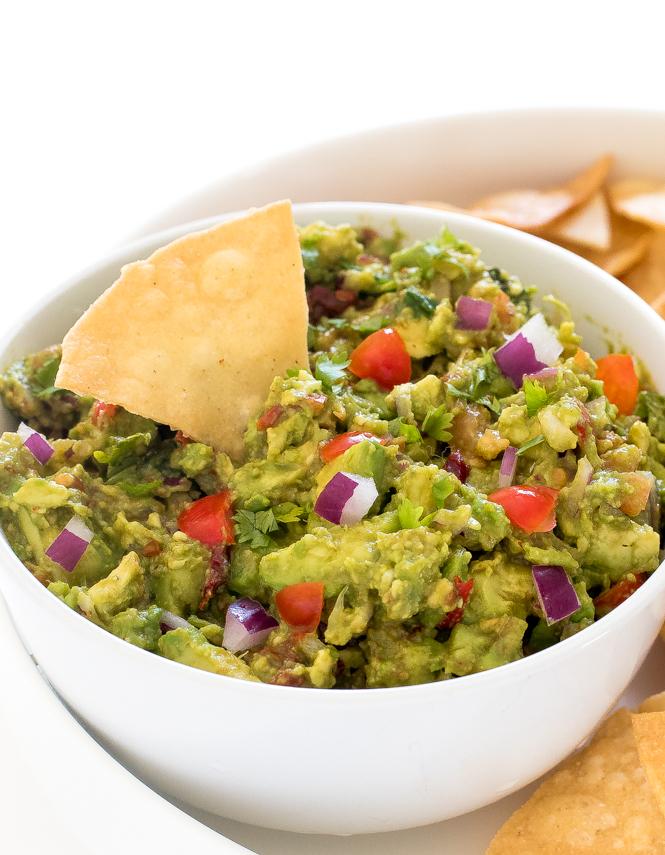 Spicy Chipotle Guacamole | chefsavvy.com
