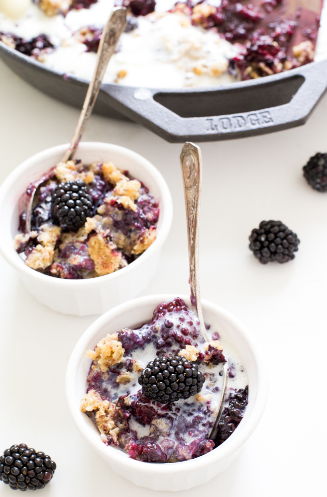 Blackberry Crisp with Crunchy Oat Topping | chefsavvy.com