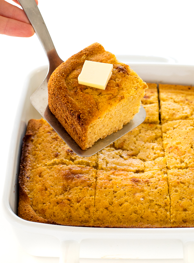 Super Easy Cornbread | chefsavvy.com