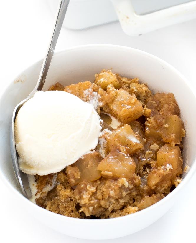 How To Make Apple Crisp   chefsavvy.com