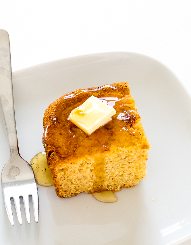 The BEST Cornbread | chefsavvy.com