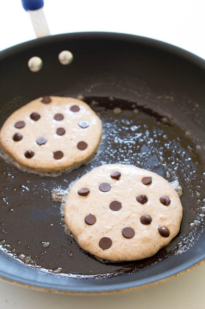 Healthy Chocolate Chip Pancakes   chefsavvy.com