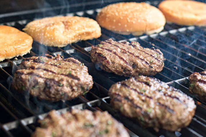 The Best Homemade Garlic Burger