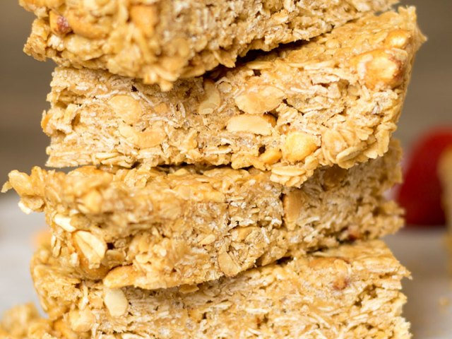 Strawberry Peanut Butter No Bake Granola Bars