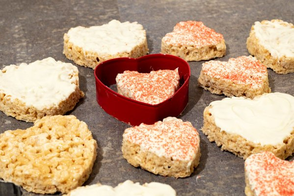 White Chocolate Dipped Strawberry Krispie Treats