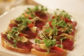 tuna tartare with artichoke
