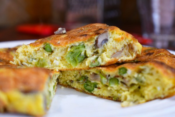 Leeks and Roasted Asparagus Frittata