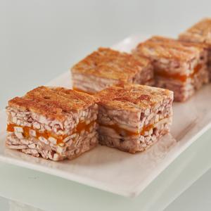 Pan-fried taro and pumpkin cake