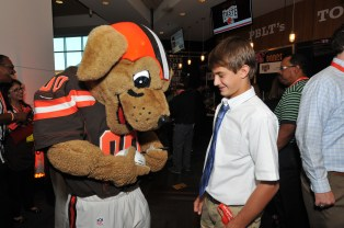 taste-of-the-browns-mascot