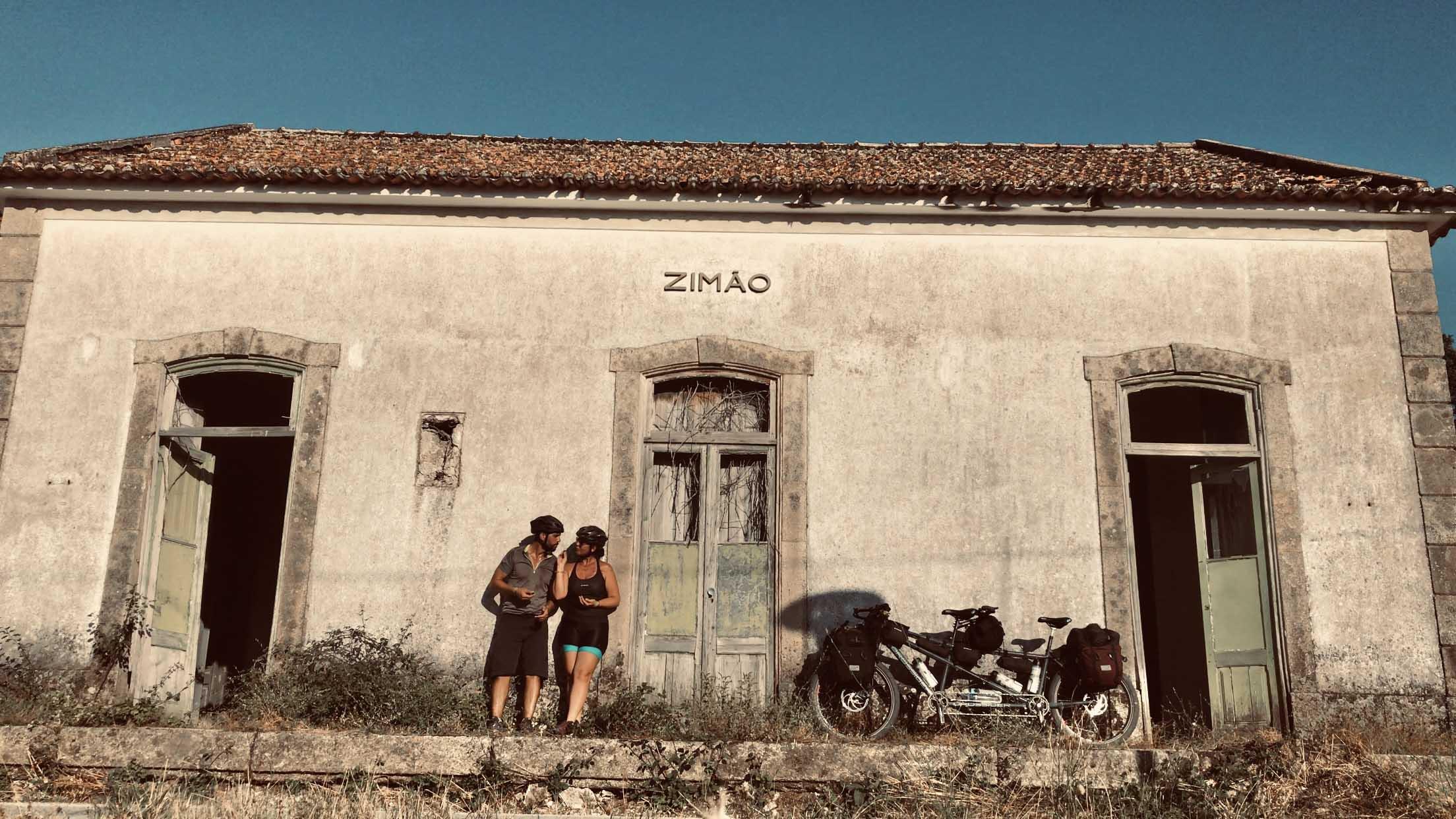 Antiga estação ferroviária, Ecopista do Corgo