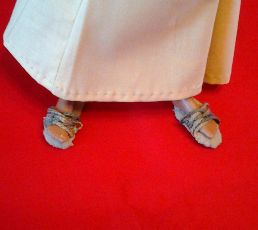 Jesus Sandals for a Doll Tutorial and Free Printable Pattern doll shoes doll sandals